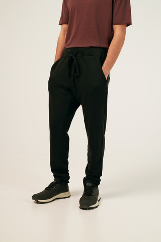 DESTROYED POCKETS JOGGER